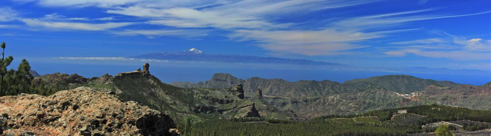 View from Campanario to the center of Gran Canaria to Tenerife